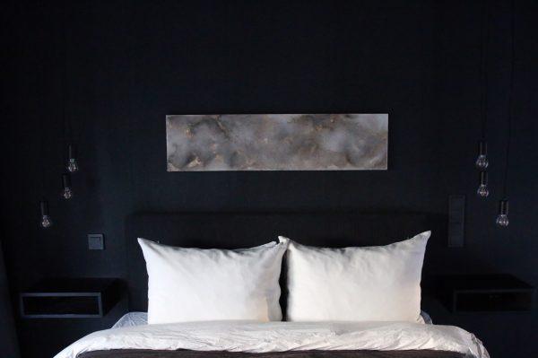 Akustiikkateos sängynpäätytaulu 5
